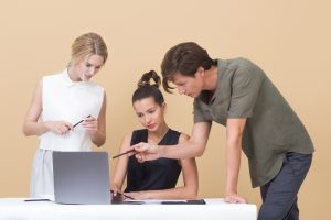 EADTrust UNE 197001 2011 Criterios generales para la elaboración de informes y dictámenes periciales